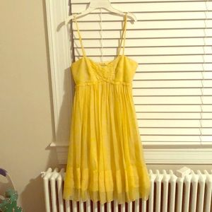 100% silk Laundry yellow dress size 2